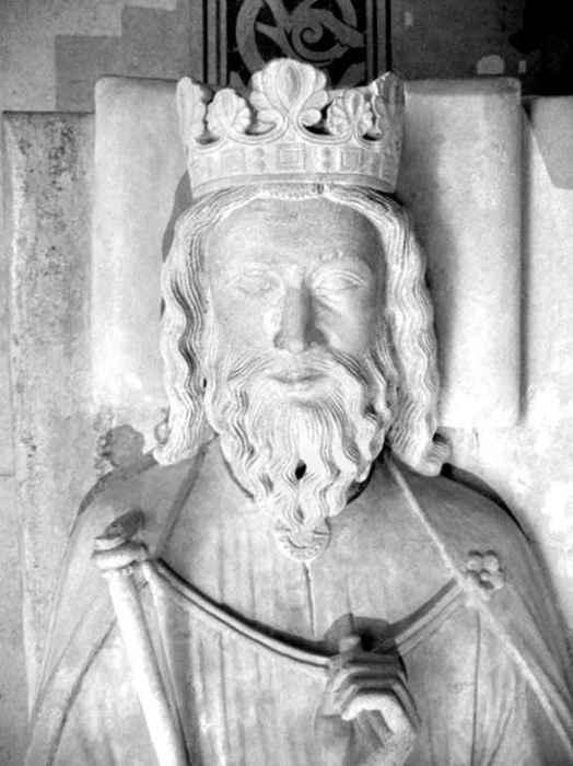 Скульптура, изображающая Хлодвига. Фрагмент надгробия в Сен-Дени